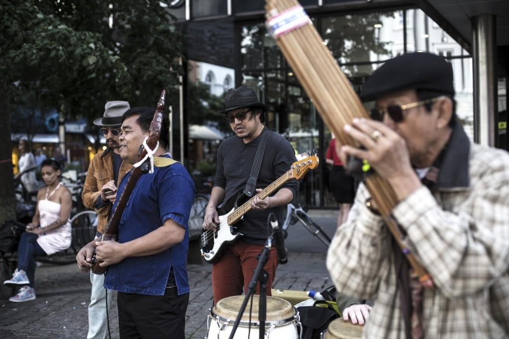 The Paradise Bangkok Molam International Band @ Lille Torv